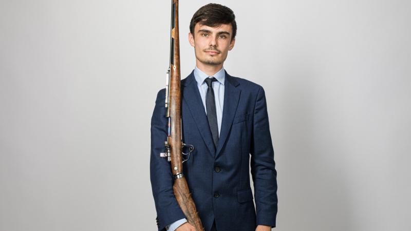 Victor PICARD, L'élégante, Carabine