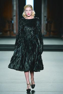 Maison Vermeulen pour Julien Fournié Haute couture_Robe Les Oiseaux_hommage à Alfred Hitchcock