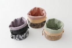 Pochette de Cuir et tissus teintes Komon du département de Tokyo