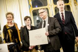 Yves Sampo, graveur médailleur, et son Élève, Claire Narboni / Cérémonie de remise des titres de Maître d'art © MC - Denis Allard