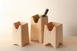 Iwata Sanbou, rafraîchisseur à vin en cyprès © Photo : Espace Densan